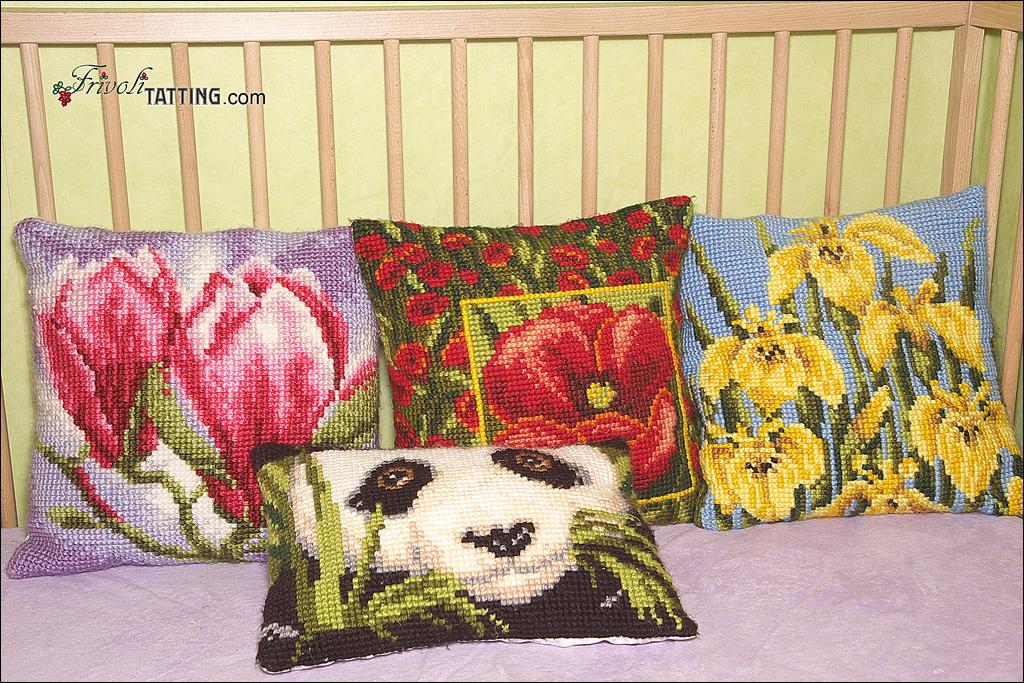 Подушки с вышивкой крестом. Pillows with cross stitch embroidery.
