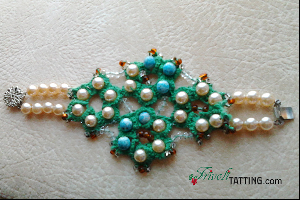 Tatted bracelet by Ludmila Lovtsova. Браслет в технике фриволите Людмилы Ловцовой